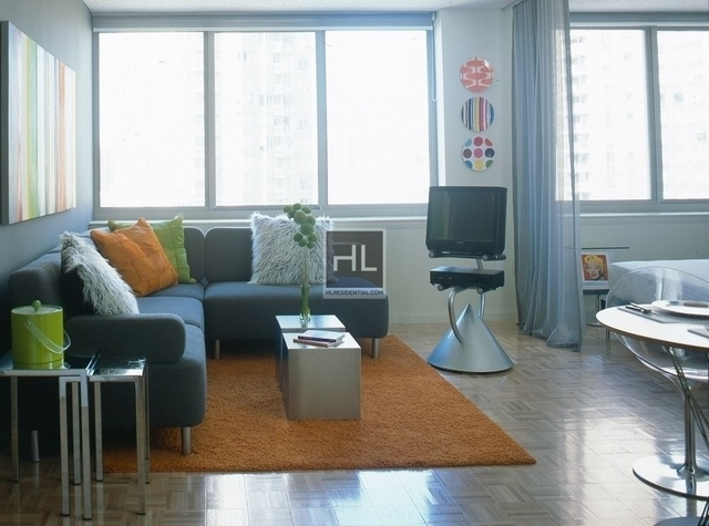 Studio, Hell's Kitchen Rental in NYC for $2,924 - Photo 1