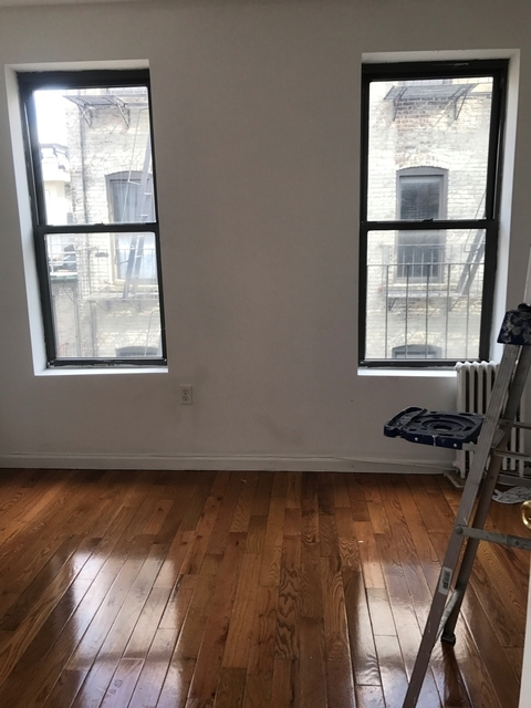 2 Bedrooms, East Village Rental in NYC for $2,845 - Photo 2