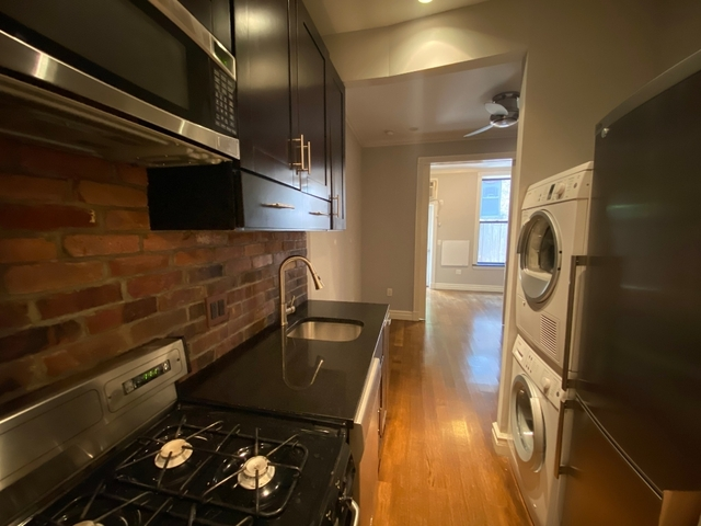 2 Bedrooms, Lower East Side Rental in NYC for $3,690 - Photo 2
