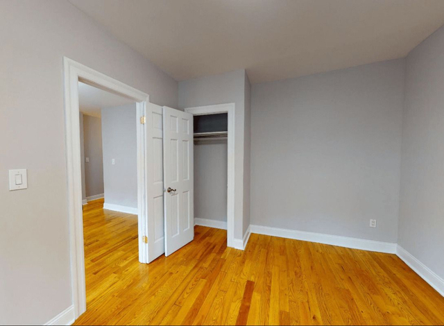 3 Bedrooms, Chelsea Rental in NYC for $4,642 - Photo 2