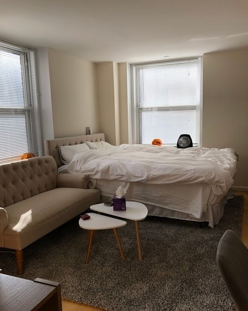 Studio, East Village Rental in NYC for $2,360 - Photo 1