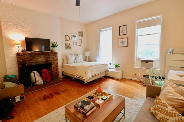 Studio, Lincoln Square Rental in NYC for $2,190 - Photo 2