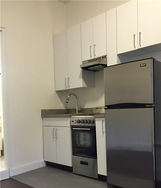 1 Bedroom, Rose Hill Rental in NYC for $1,970 - Photo 2