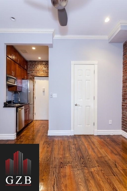 1 Bedroom, West Village Rental in NYC for $2,745 - Photo 2