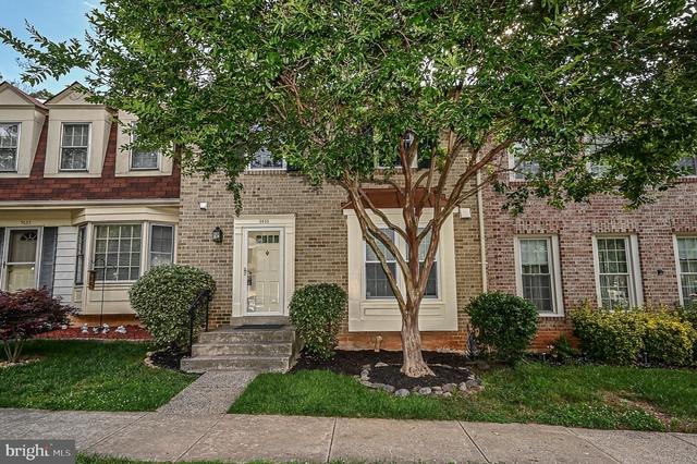 3 Bedrooms, Burke Rental in Washington, DC for $2,600 - Photo 1