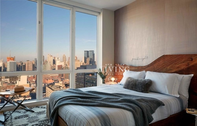 2 Bedrooms, Hell's Kitchen Rental in NYC for $6,099 - Photo 1