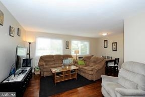 2 Bedrooms, Waverly Hills Rental in Washington, DC for $1,850 - Photo 2