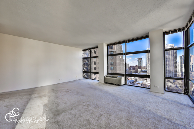 2 Bedrooms, Gold Coast Rental in Chicago, IL for $2,540 - Photo 2