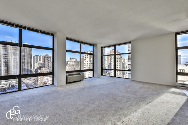 2 Bedrooms, Gold Coast Rental in Chicago, IL for $2,540 - Photo 1