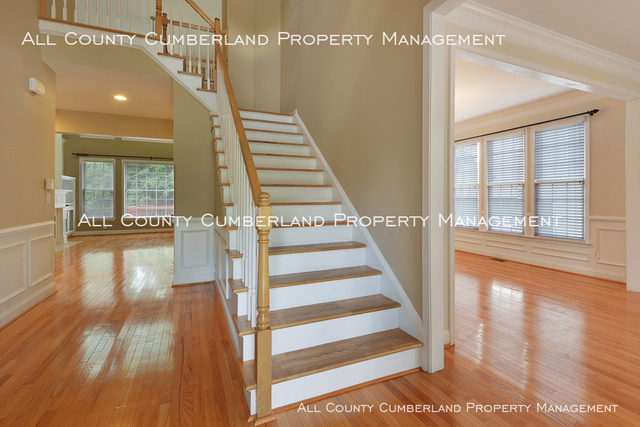 5 Bedrooms, Retreat at Vinings Lake Rental in Atlanta, GA for $2,700 - Photo 2