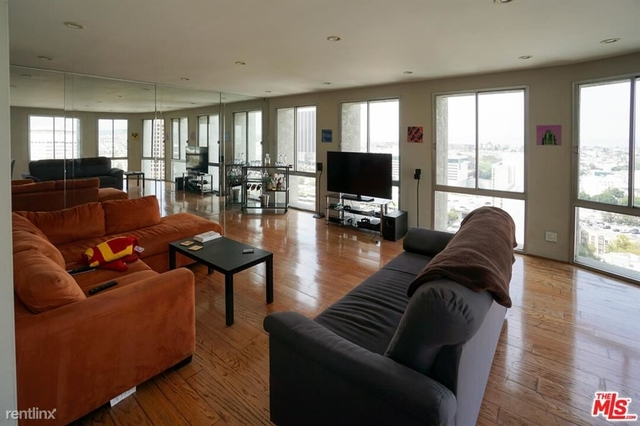 2 Bedrooms, Bunker Hill Rental in Los Angeles, CA for $3,200 - Photo 1