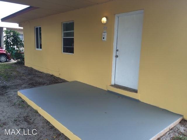 2 Bedrooms, Dorse Riverbend Rental in Miami, FL for $1,295 - Photo 2
