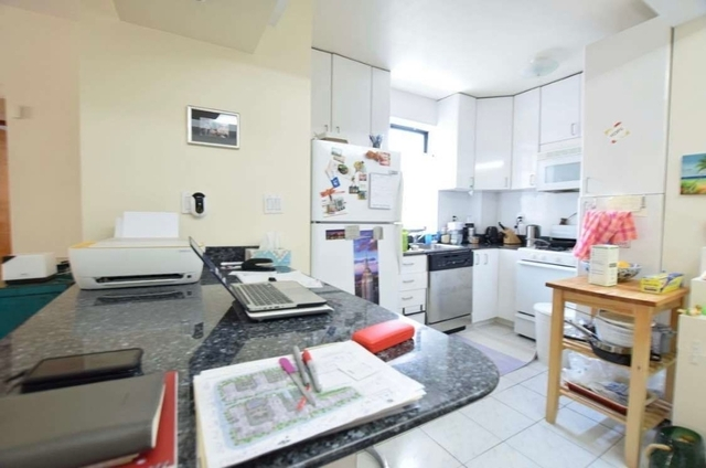 1 Bedroom, Lincoln Square Rental in NYC for $3,400 - Photo 2