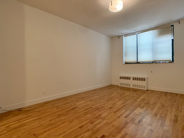 Studio, East Village Rental in NYC for $2,505 - Photo 2