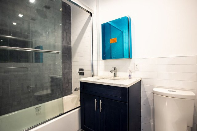 2 Bedrooms, Bushwick Rental in NYC for $2,713 - Photo 2