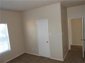 2 Bedrooms, Oaks on The Ridge Condominiums Rental in Dallas for $1,250 - Photo 2