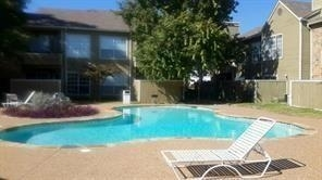 2 Bedrooms, Oaks on The Ridge Condominiums Rental in Dallas for $1,250 - Photo 1
