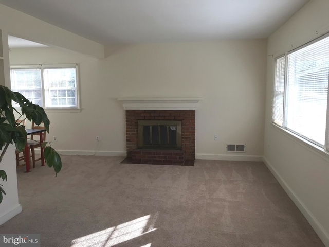 3 Bedrooms, Waverly Hills Rental in Washington, DC for $3,150 - Photo 2