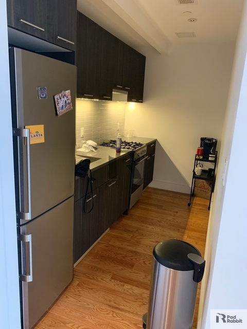 2 Bedrooms, East Williamsburg Rental in NYC for $2,843 - Photo 2