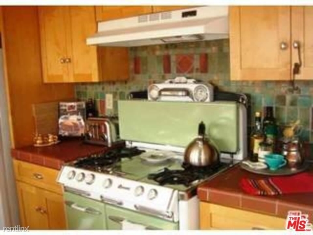2 Bedrooms, Hollywood Heights Rental in Los Angeles, CA for $4,400 - Photo 1