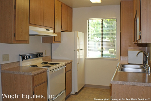 2 Bedrooms, Woodward Park Rental in Fresno, CA for $1,256 - Photo 1