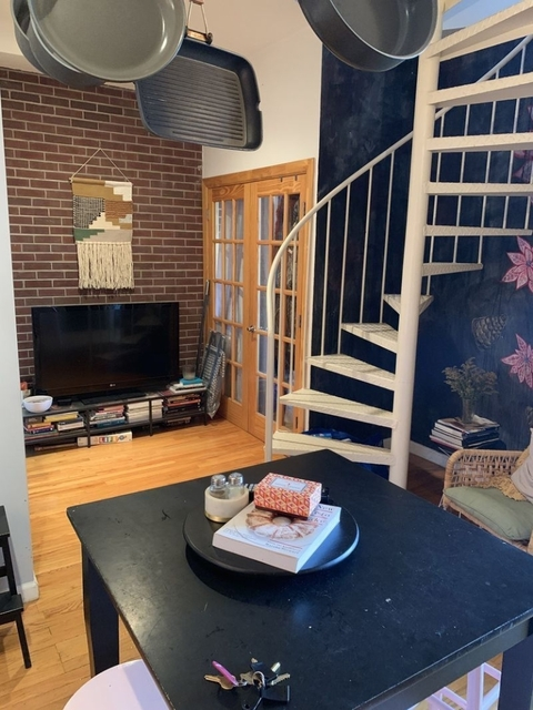 3 Bedrooms, East Williamsburg Rental in NYC for $3,329 - Photo 1