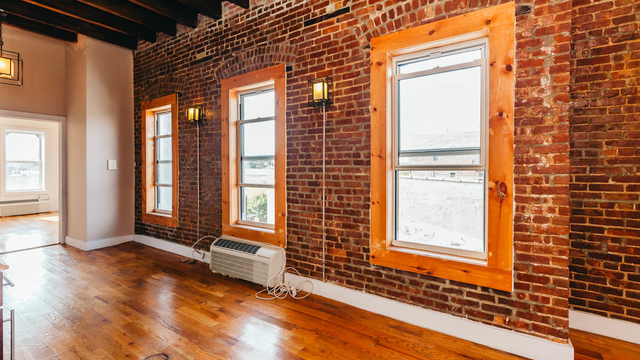 4 Bedrooms, Stapleton Rental in NYC for $3,300 - Photo 2