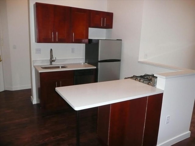 3 Bedrooms, Bedford-Stuyvesant Rental in NYC for $2,950 - Photo 2