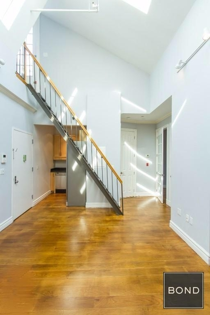 3 Bedrooms, Lower East Side Rental in NYC for $5,718 - Photo 2