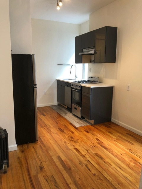 3 Bedrooms, Alphabet City Rental in NYC for $3,095 - Photo 2