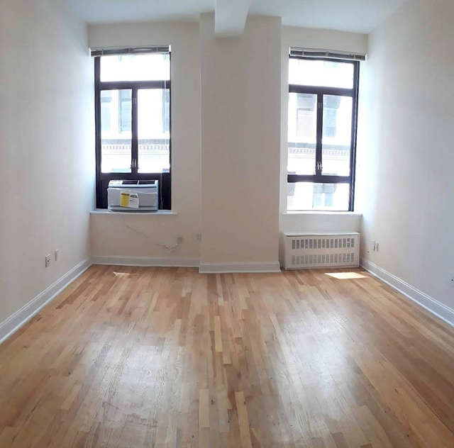 Loft, NoHo Rental in NYC for $2,837 - Photo 2