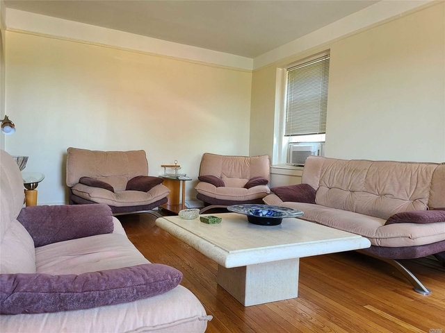 1 Bedroom, Cedarhurst Rental in Long Island, NY for $1,800 - Photo 2