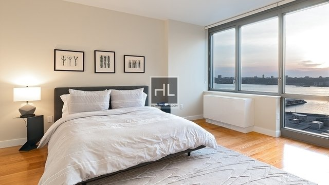 2 Bedrooms, Hell's Kitchen Rental in NYC for $4,968 - Photo 1