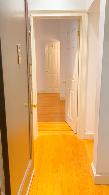 3 Bedrooms, Chelsea Rental in NYC for $6,518 - Photo 1
