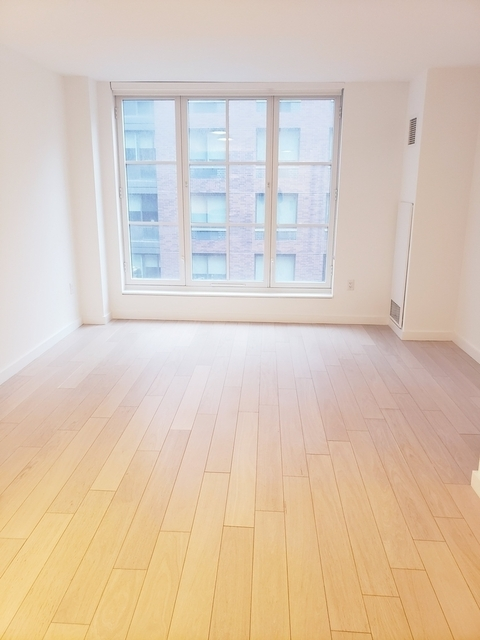Studio, Hell's Kitchen Rental in NYC for $2,727 - Photo 2