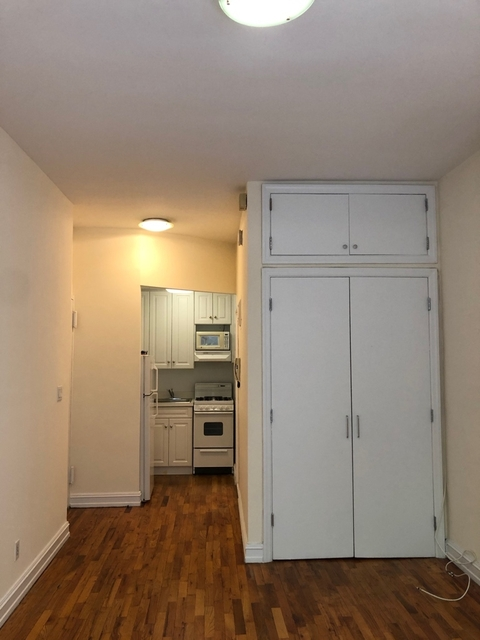 Studio, Yorkville Rental in NYC for $1,788 - Photo 2