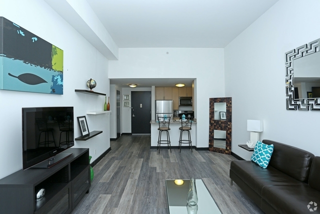 1 Bedroom, Jamaica Rental in NYC for $1,971 - Photo 2