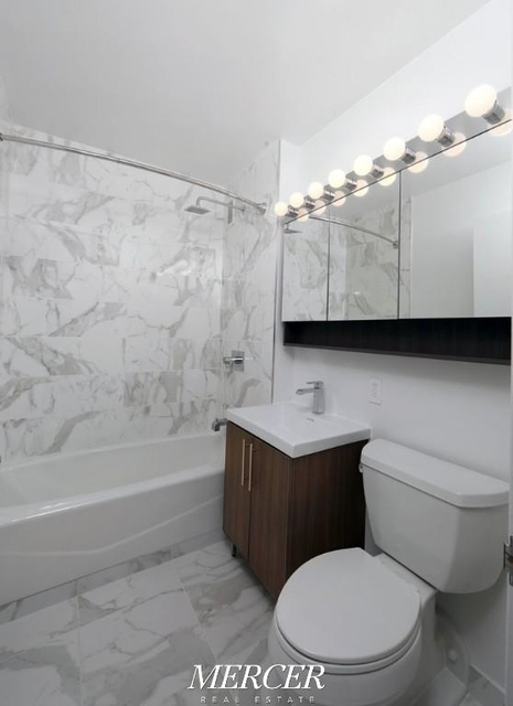 Studio, Financial District Rental in NYC for $2,789 - Photo 1