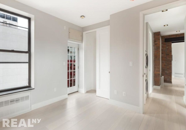 4 Bedrooms, Lower East Side Rental in NYC for $7,656 - Photo 2