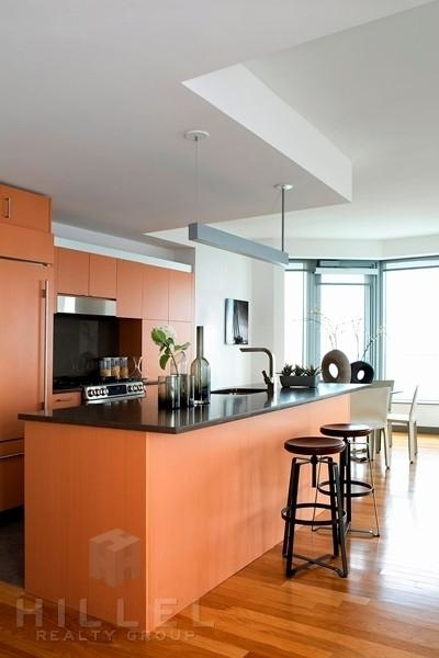 2 Bedrooms, Financial District Rental in NYC for $8,677 - Photo 1