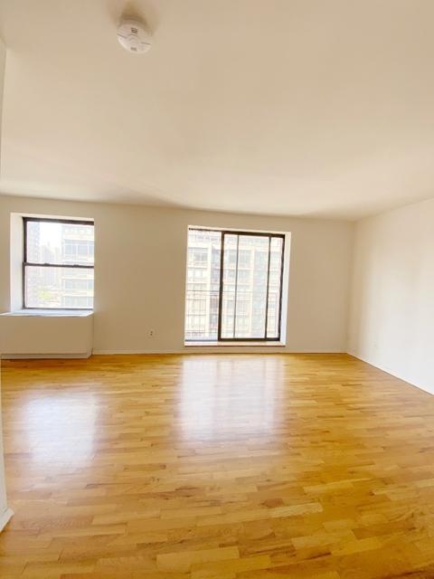 Studio, Yorkville Rental in NYC for $2,361 - Photo 1