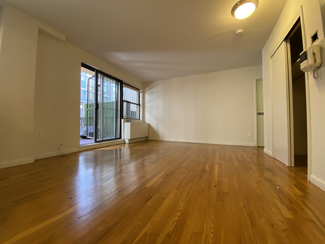 Studio, Yorkville Rental in NYC for $2,315 - Photo 1