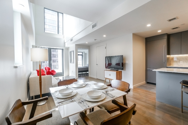 2 Bedrooms, Yorkville Rental in NYC for $9,875 - Photo 2