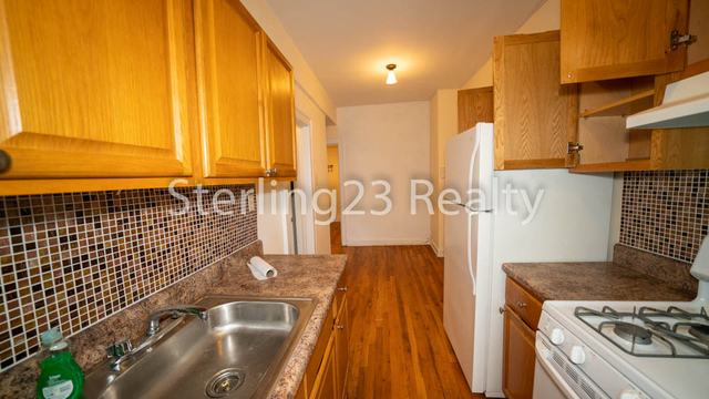 2 Bedrooms, Astoria Rental in NYC for $2,400 - Photo 1