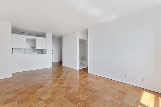 2 Bedrooms, Upper East Side Rental in NYC for $3,040 - Photo 1
