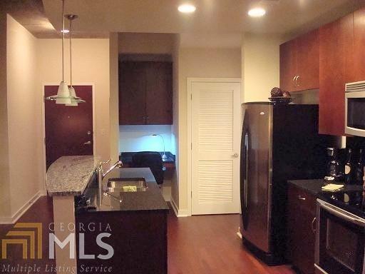 1 Bedroom, SoNo Rental in Atlanta, GA for $1,650 - Photo 2