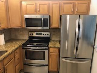 1 Bedroom, Village Green Rental in Miami, FL for $900 - Photo 2