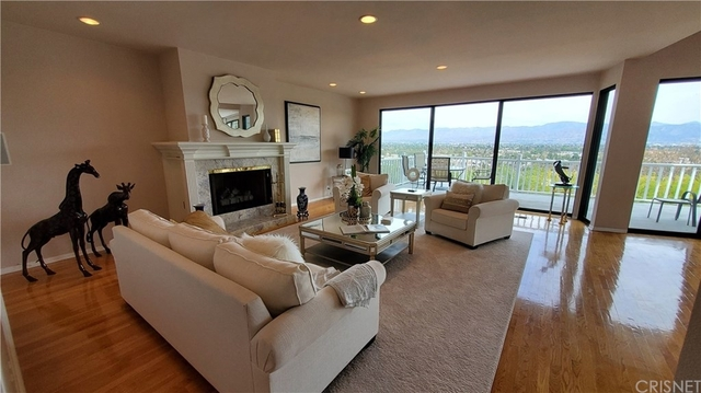 4 Bedrooms, Sherman Oaks Rental in Los Angeles, CA for $8,950 - Photo 1