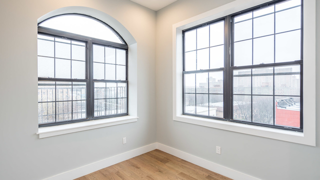 3 Bedrooms, East Williamsburg Rental in NYC for $4,060 - Photo 2