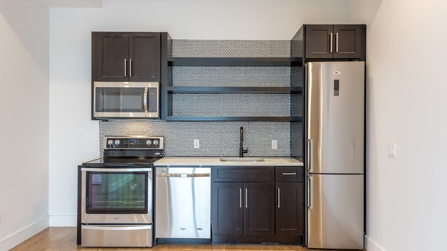 3 Bedrooms, East Williamsburg Rental in NYC for $4,060 - Photo 1
